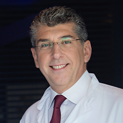 Δημήτρης Διονυσίου (ιατρός, Καθηγητής Πλαστικής Χειρουργικής) | Λεμφοίδημα, Λιποίδημα | The Lymphedema Clinic | Κλινική Λεμφοιδήματος Λιποιδήματος | Θεσσαλονίκη
